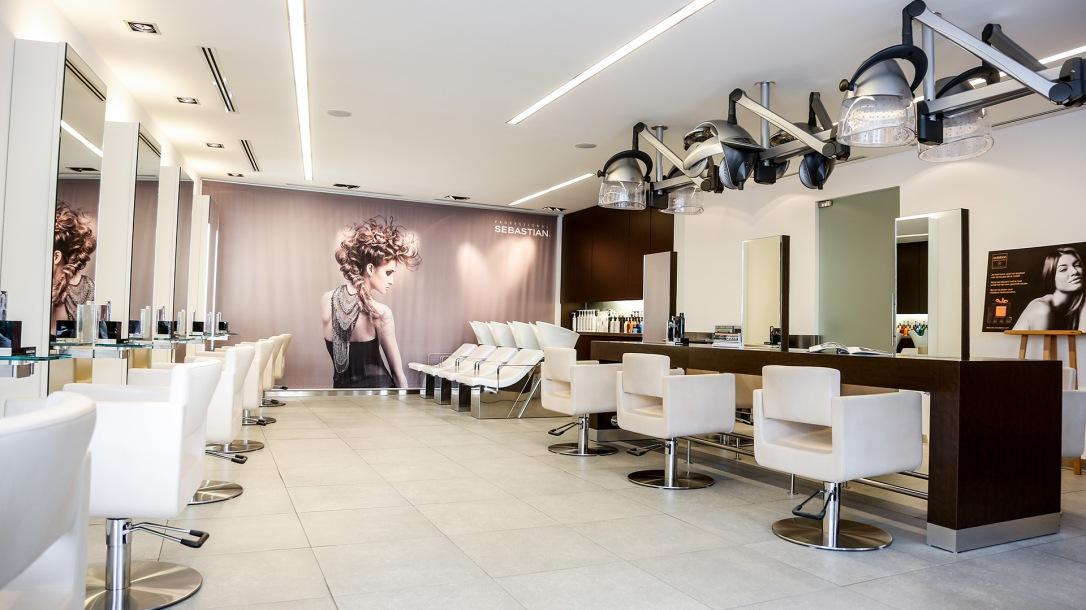 Interieur en exterieur foto's Bosman Haar & make-up
